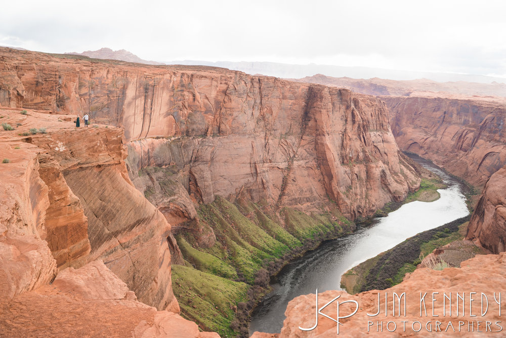 horseshoe-bend-engagement-session-arizona-photographer_-46.jpg