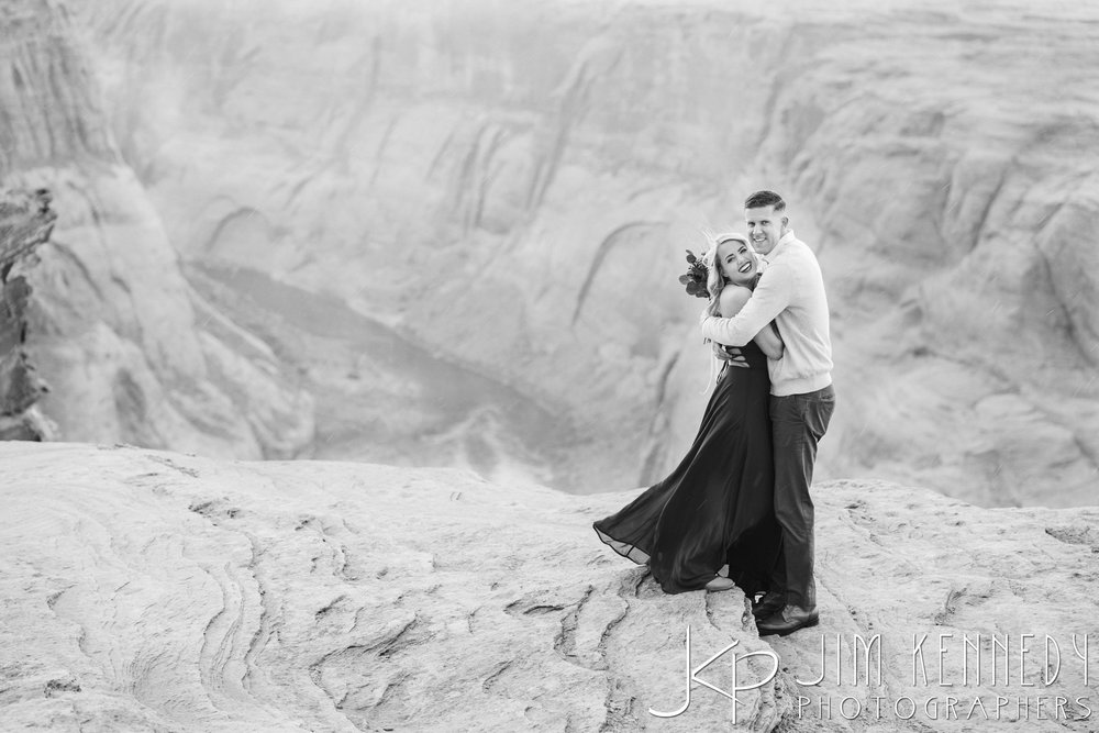 horseshoe-bend-engagement-session-arizona-photographer_-50.jpg
