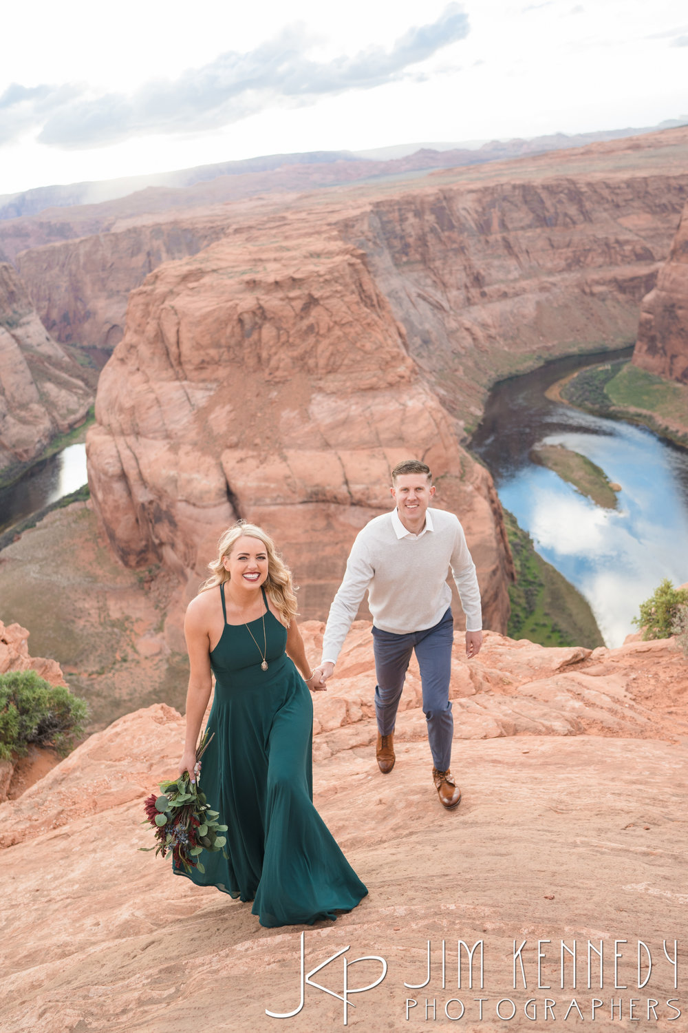horseshoe-bend-engagement-session-arizona-photographer_-58.jpg