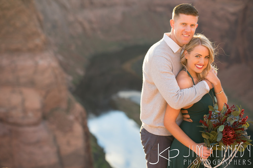 horseshoe-bend-engagement-session-arizona-photographer_-72.jpg