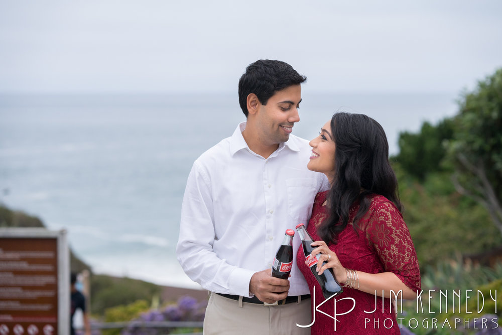 laguna-beach-engagement-session_puja_-27.jpg