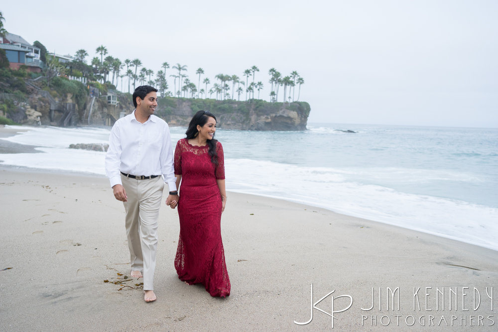 laguna-beach-engagement-session_puja_-31.jpg