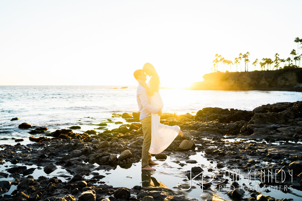 laguna-beach-engagement-photos-14.JPG