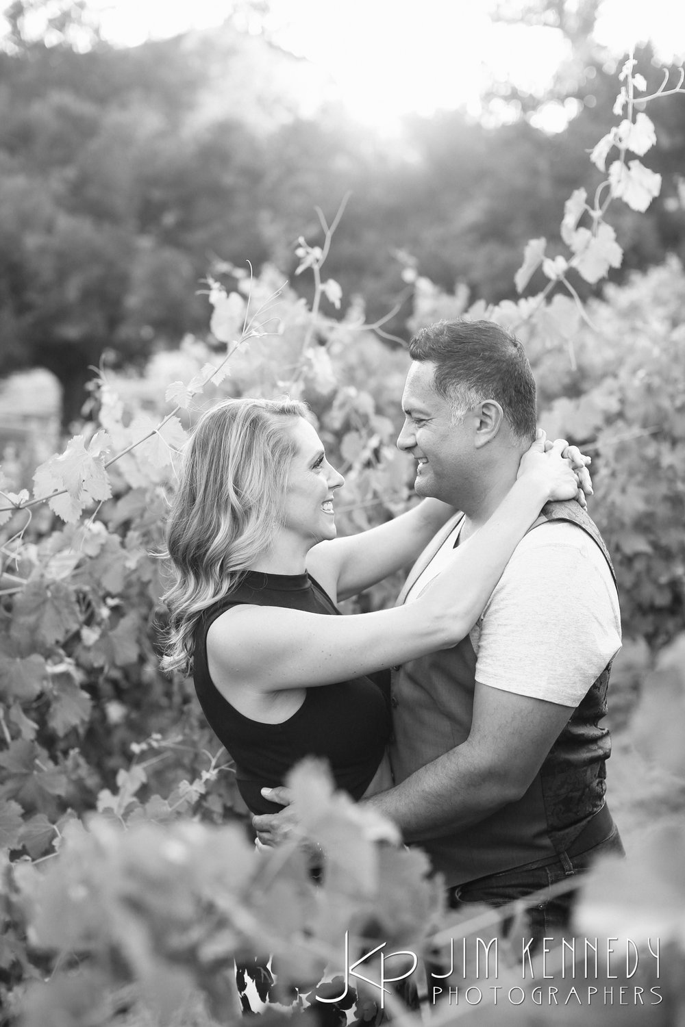 giracci_vineyard_engagement-0805.jpg
