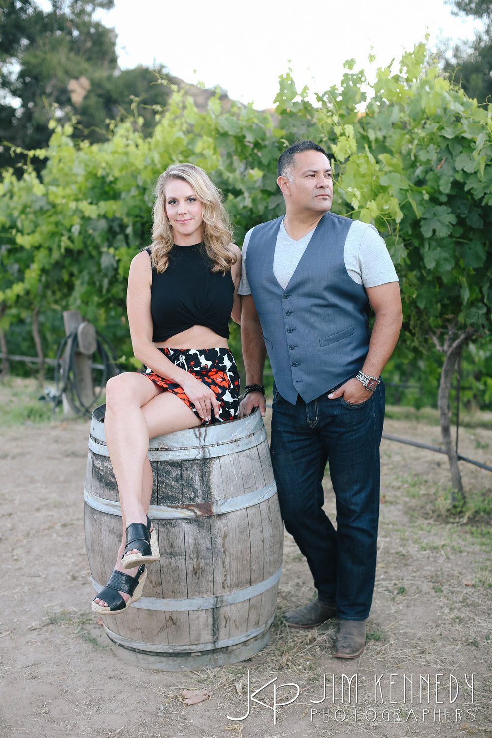 giracci_vineyard_engagement-1076.jpg