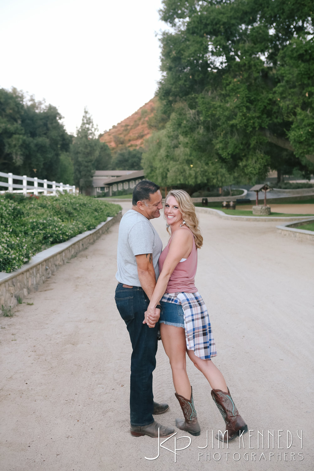 giracci_vineyard_engagement-1479.jpg