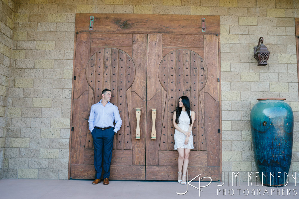 temecula-winery-engagement-session_-13.jpg