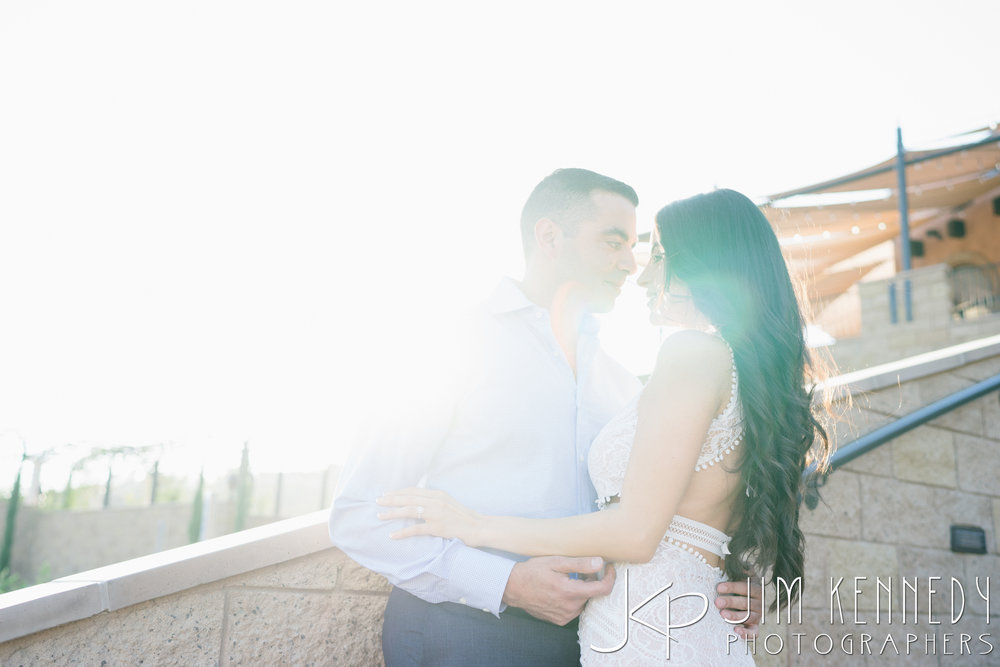 temecula-winery-engagement-session_-17.jpg