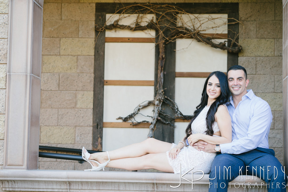 temecula-winery-engagement-session_-20.jpg