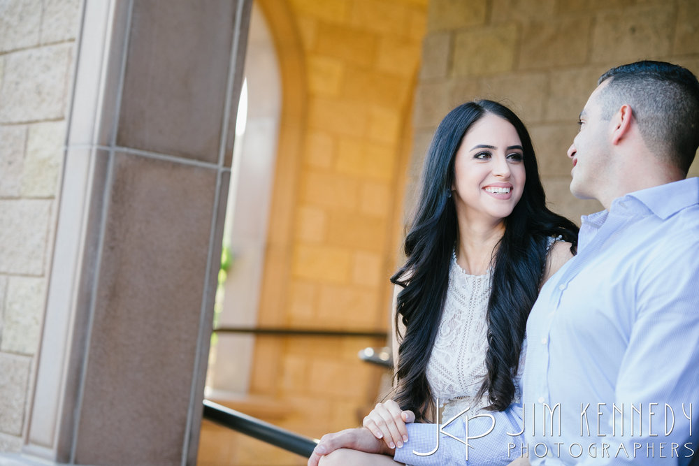 temecula-winery-engagement-session_-22.jpg