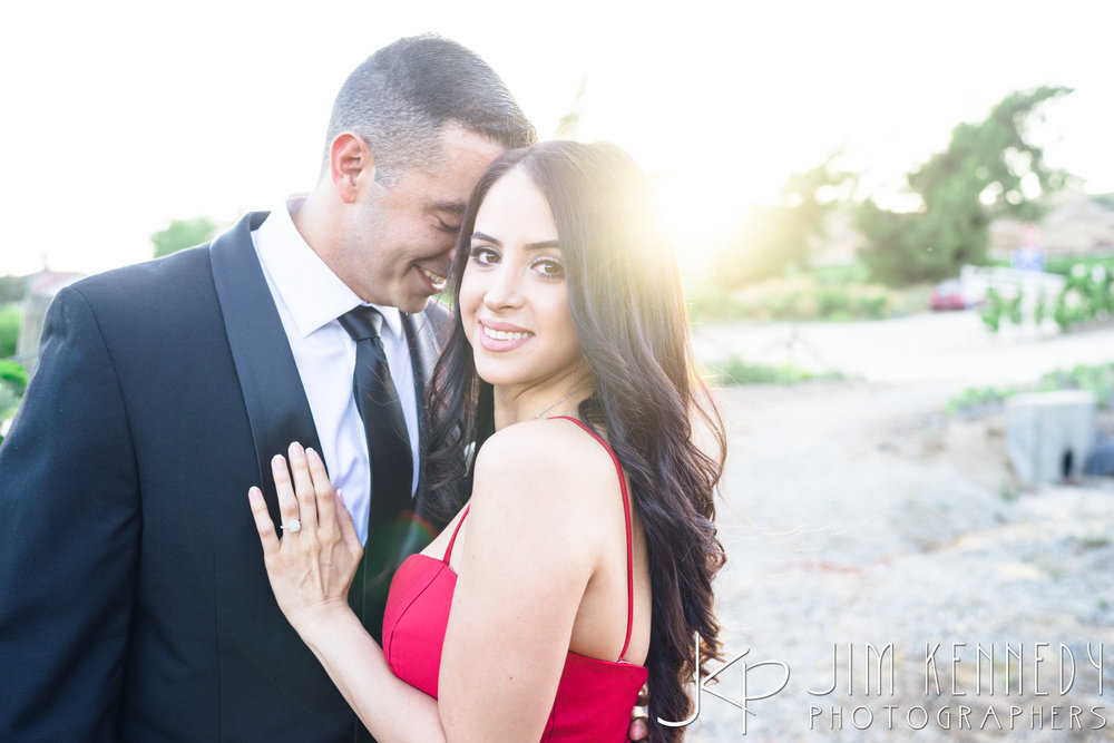 temecula-winery-engagement-session_-38.jpg