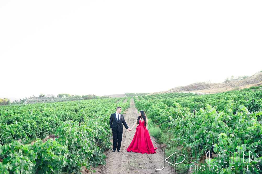 temecula-winery-engagement-session_-45.jpg