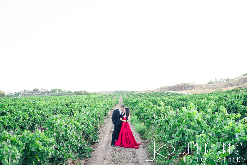 temecula-winery-engagement-session_-46.jpg