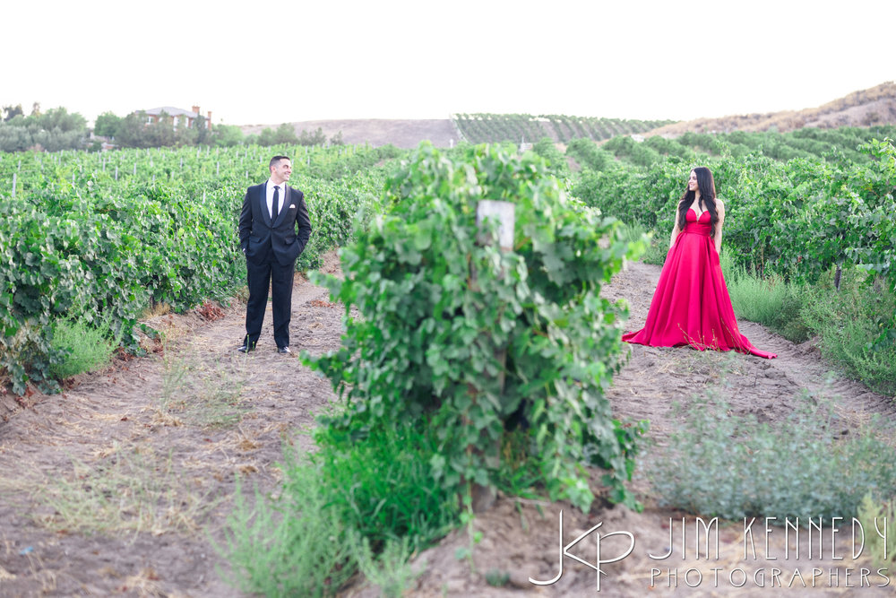 temecula-winery-engagement-session_-52.jpg