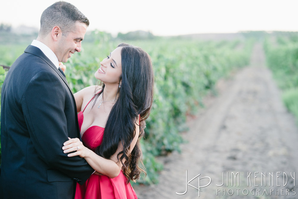temecula-winery-engagement-session_-57.jpg
