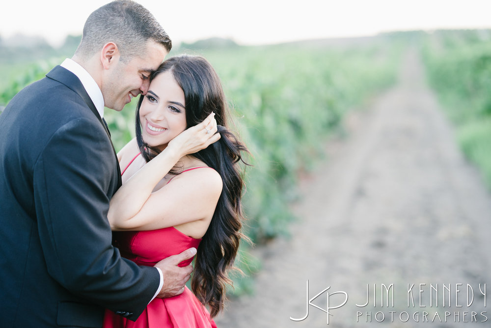 temecula-winery-engagement-session_-61.jpg
