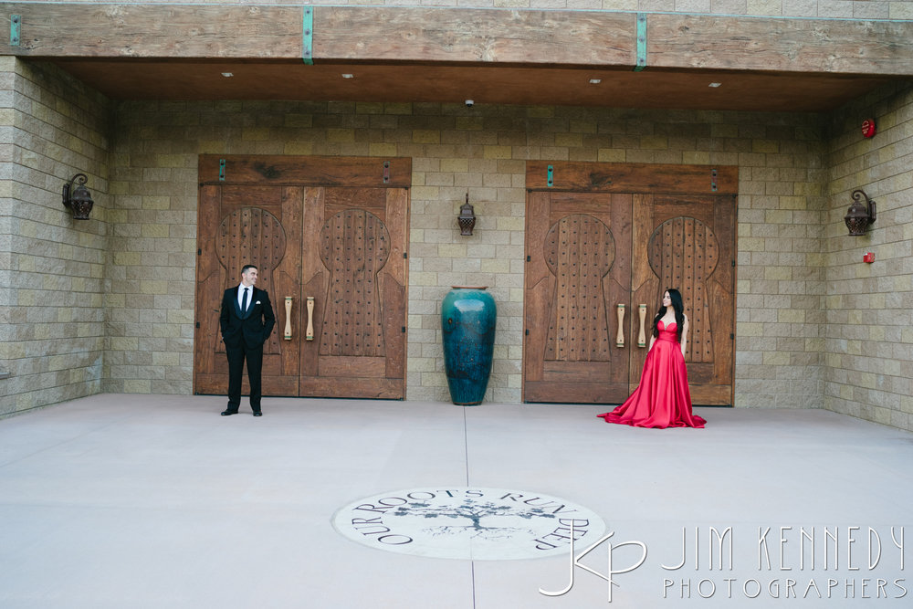 temecula-winery-engagement-session_-69.jpg