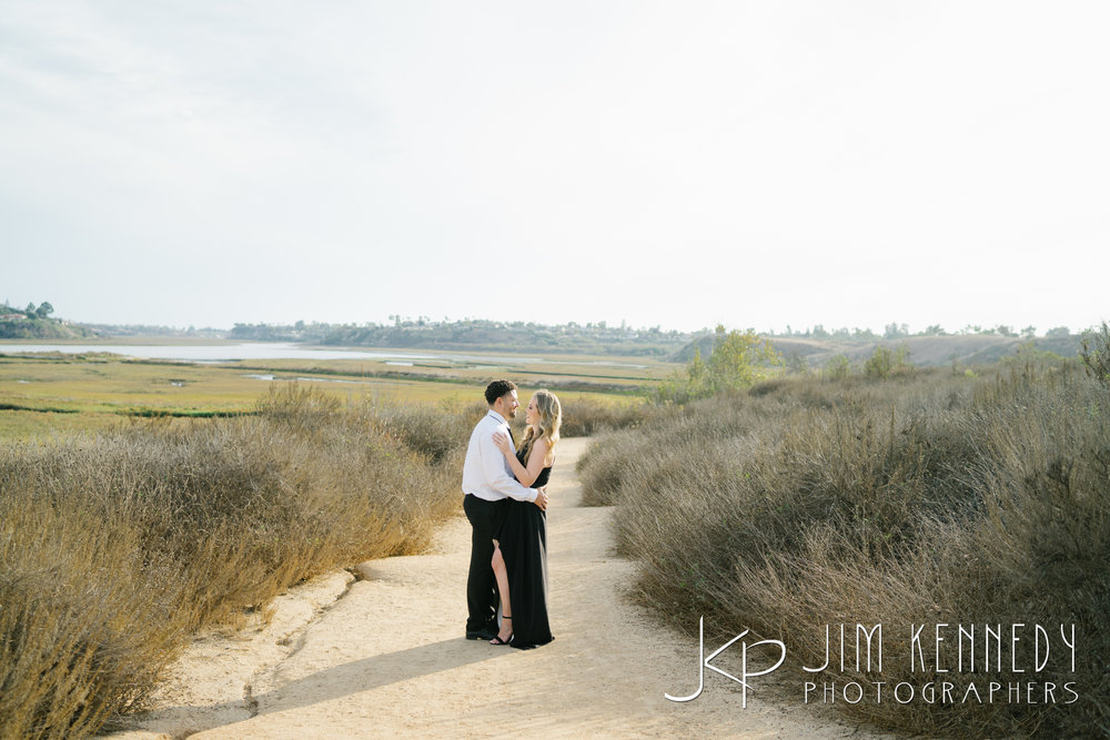 corona-del-mar-engagement-photos-02.JPG