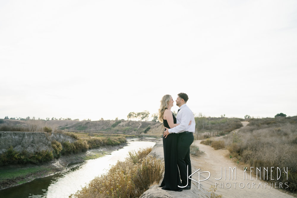 corona-del-mar-engagement-photos-05.JPG