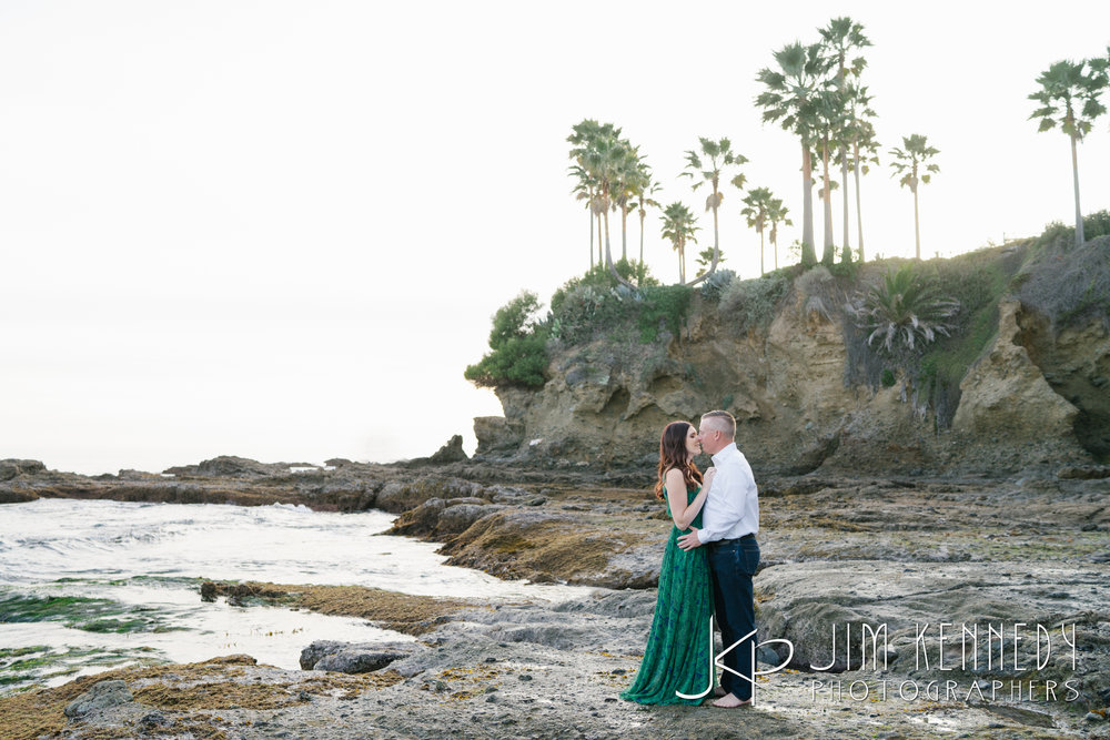 laguna-beach-engagement-photos-03.JPG