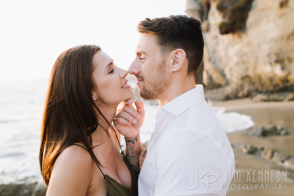 laguna_beach_engagement--3.jpg
