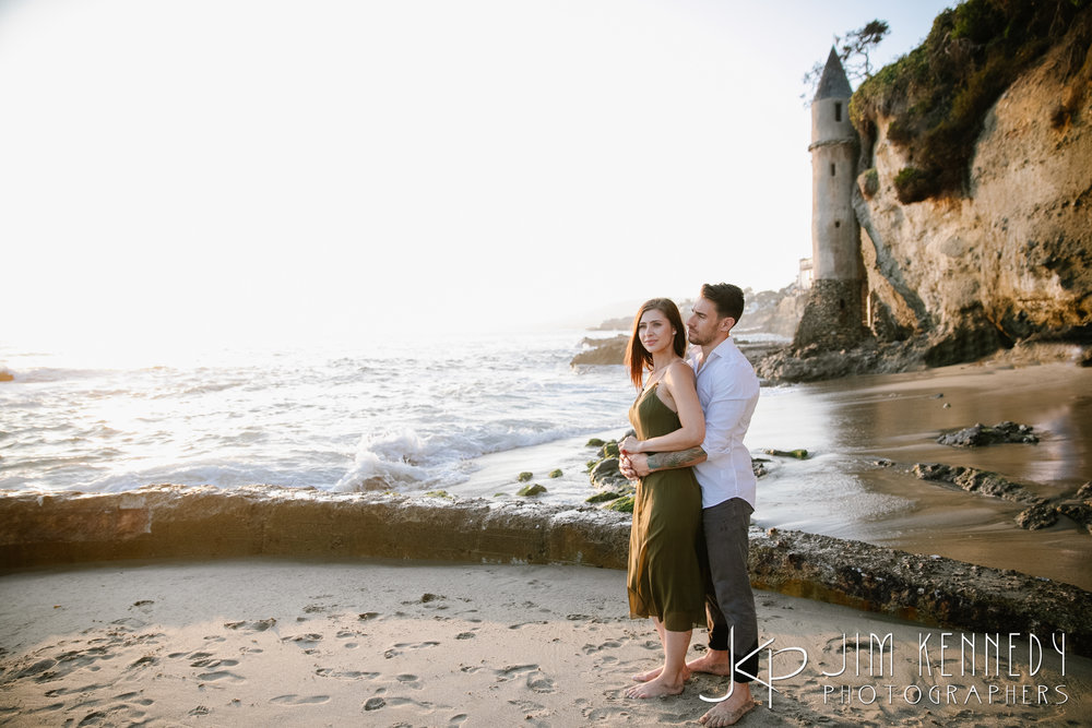 laguna_beach_engagement--2.jpg