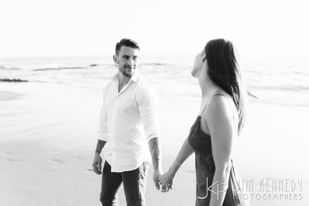 laguna_beach_engagement-0365.jpg