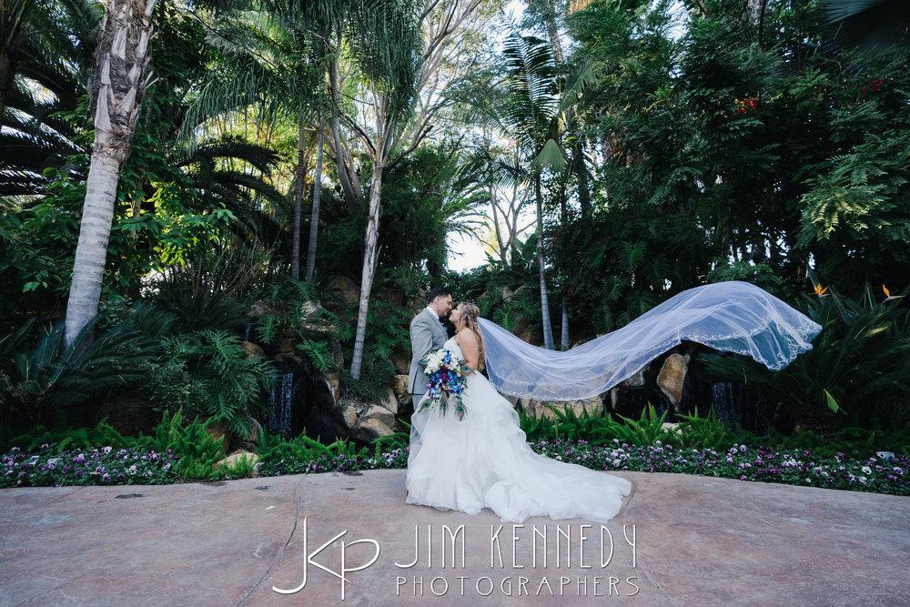 grand-tradition-wedding-tiffany_0101.JPG