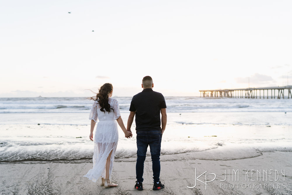 venice_beach_engagement-0891.jpg