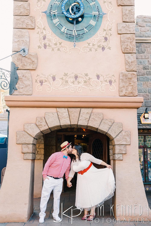 Disneyland-Engagement-0008.JPG