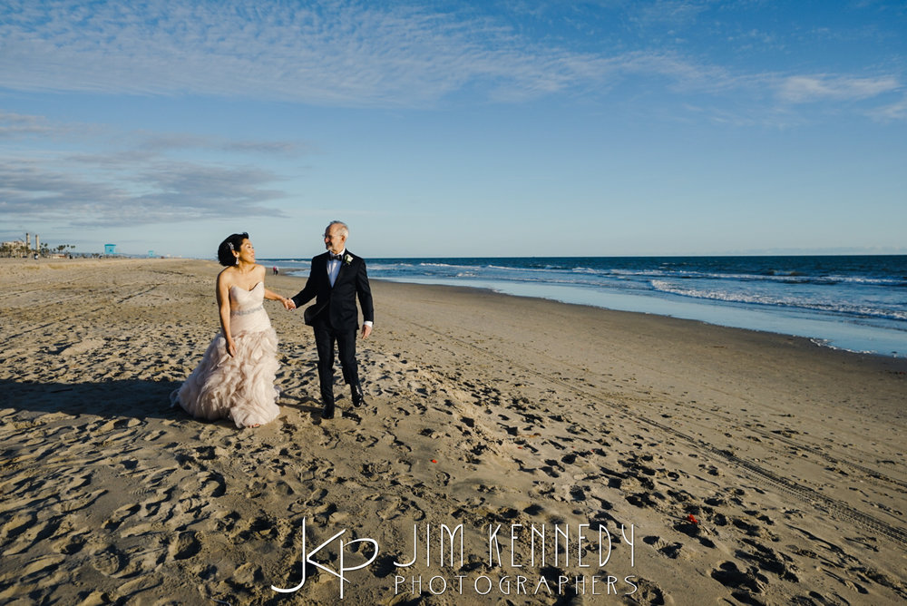 waterfront-hilton-huntington-beach-wedding-linda_0101.JPG