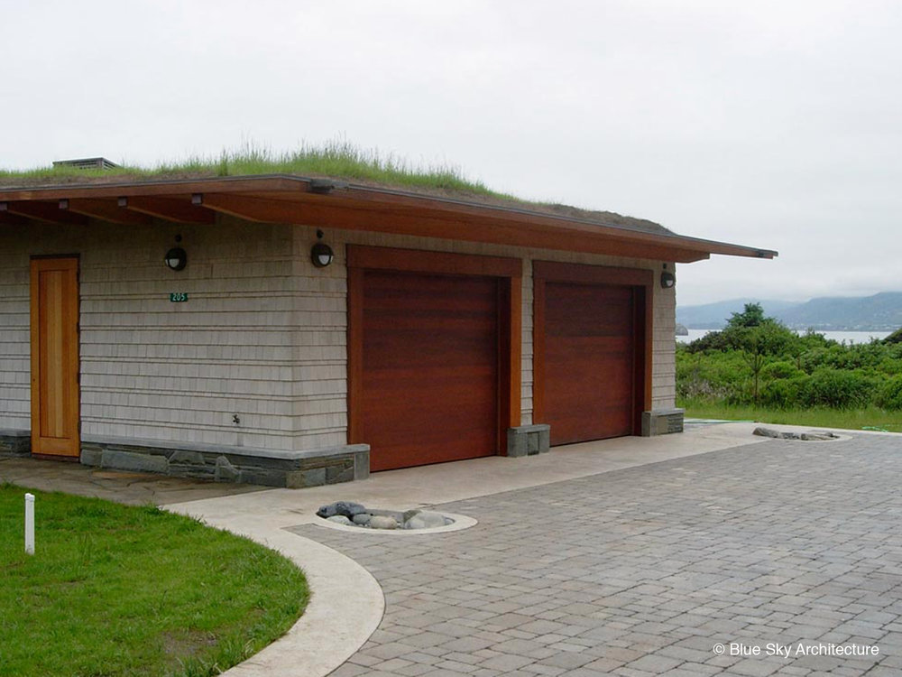 Garage with Natural Materials