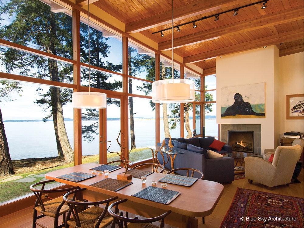 Open floor plan living room in Booklovers House