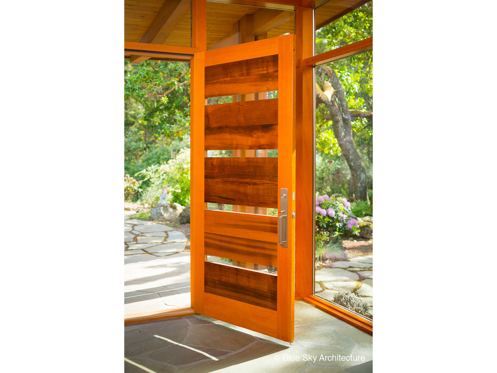 Arbutus- House- wood door- custom door- glass- bluestone- entry- foyer- timber.jpg