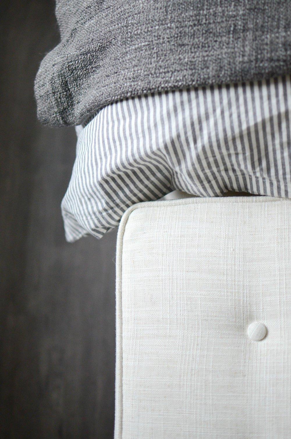 bedroom-decor-grey-stripe.jpg