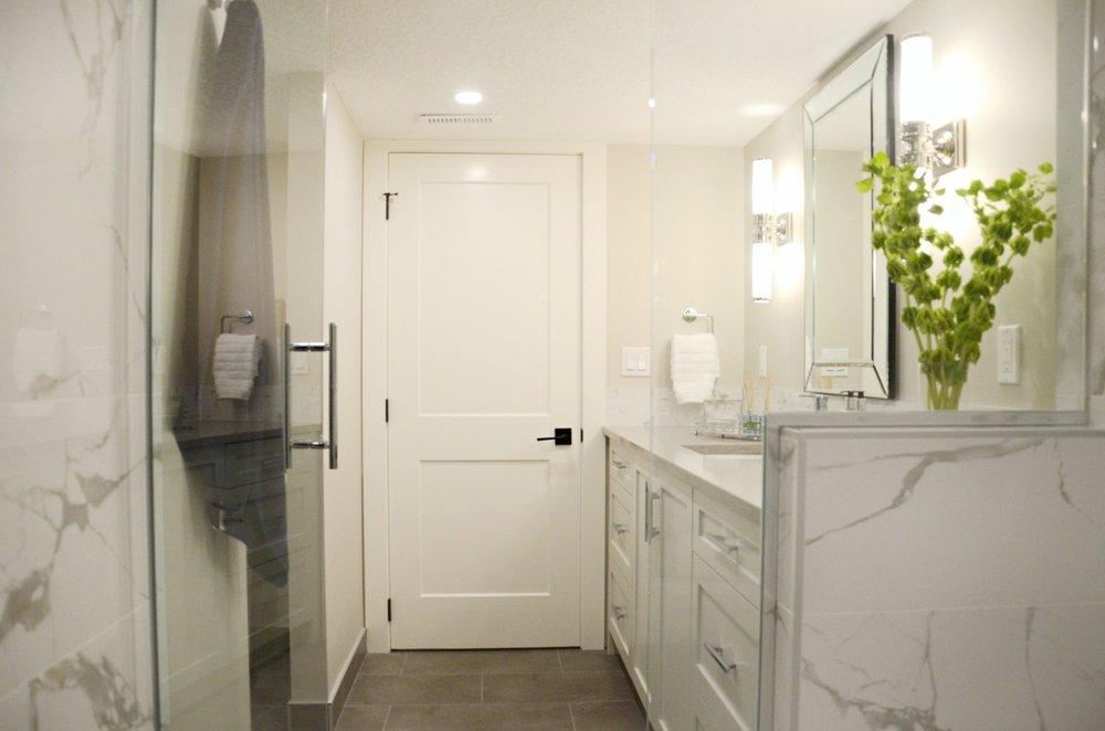 basement_development_bathroom_calgary_5.jpg