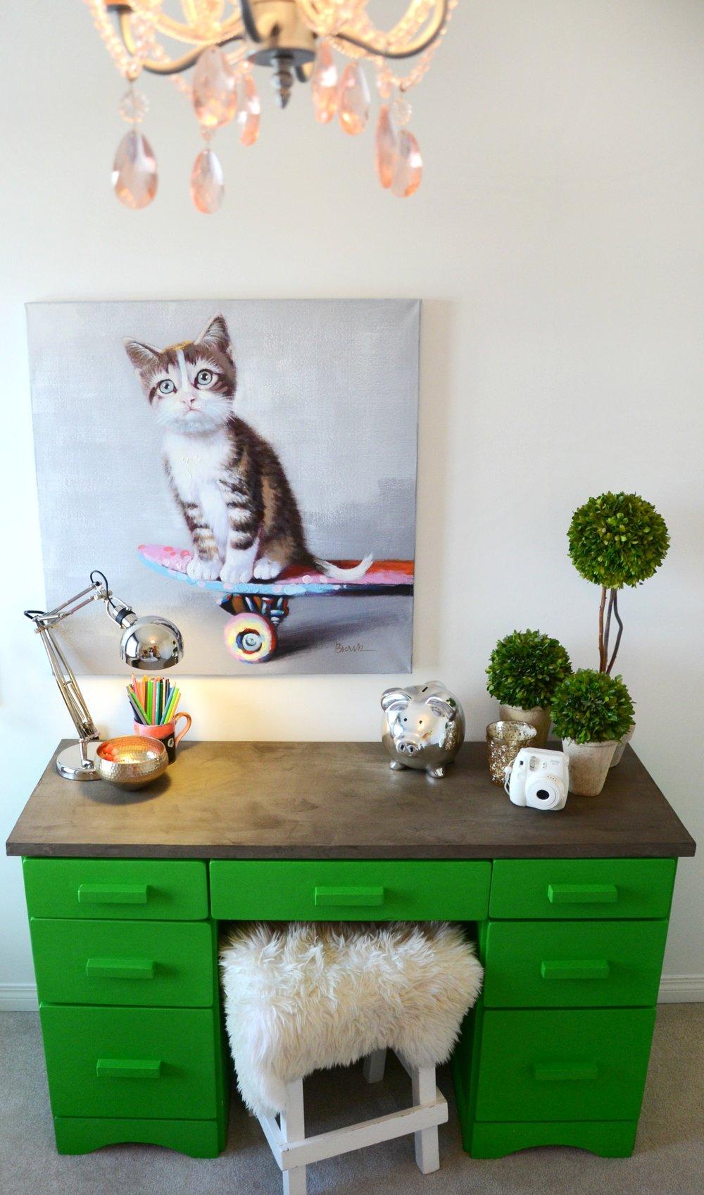 calgary-interior-designer-girls-bedroom-green-desk.jpg