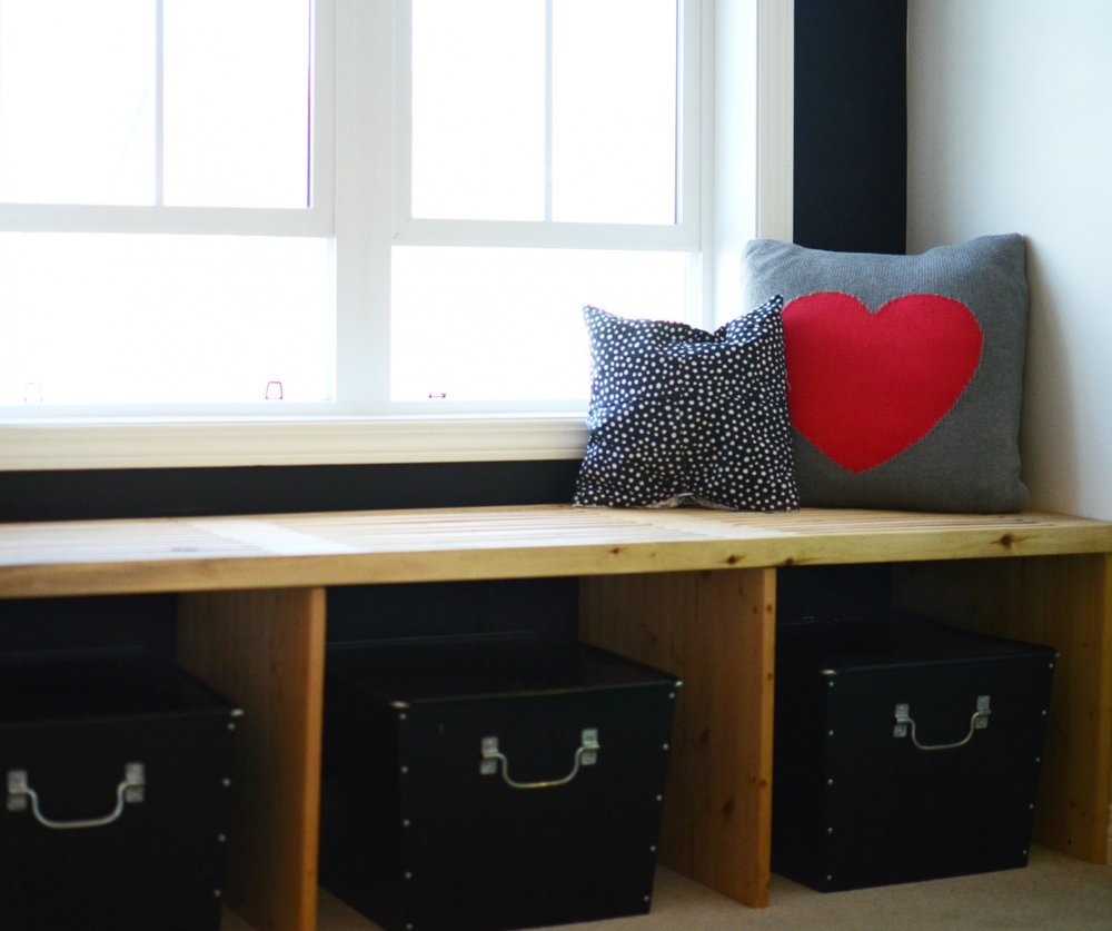 calgary-interior-designer-girls-bedroom-window-bench.jpg