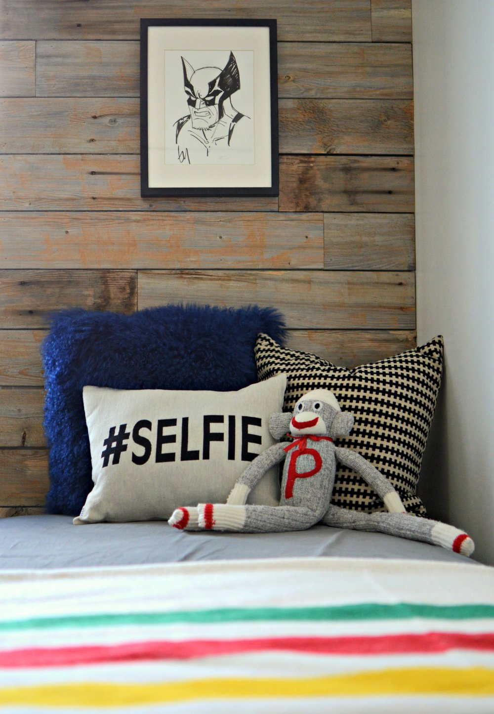 calgary-interior-designer-canadiana-boys-room-bed-5point-blanket.jpg