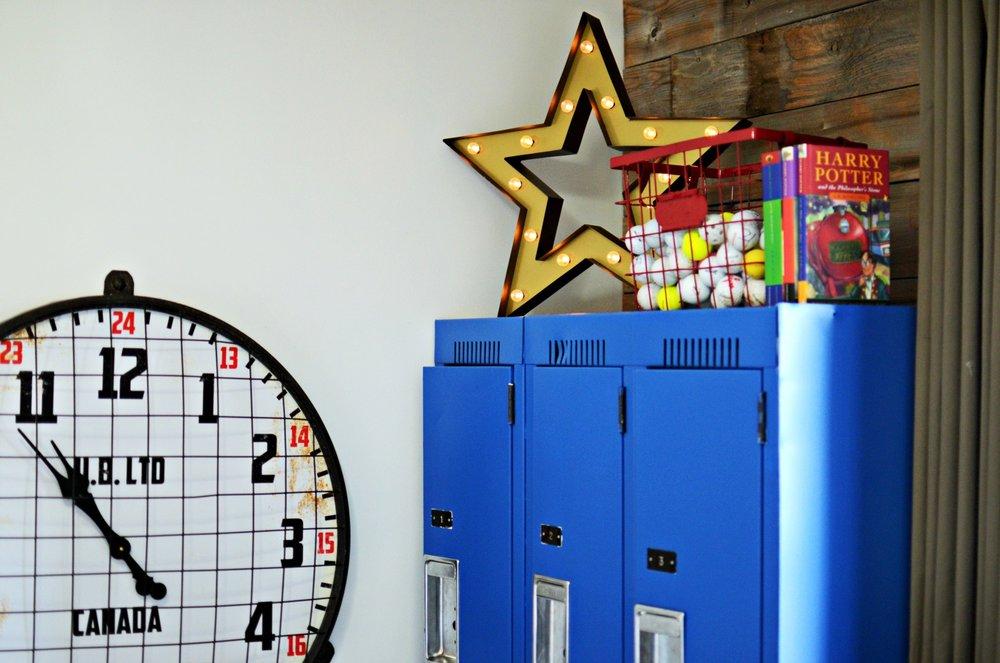 calgary-interior-designer-canadiana-boys-room-blue-lockers-basket.jpg