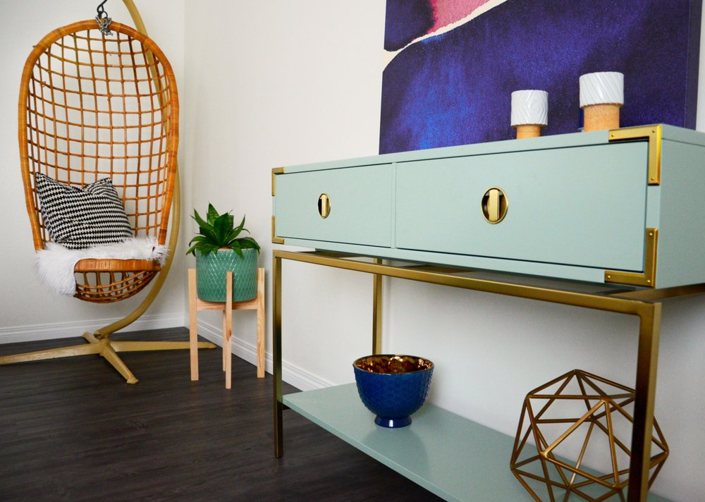 calgary-interior-designer-bedroom-decor-furniture-1.jpg