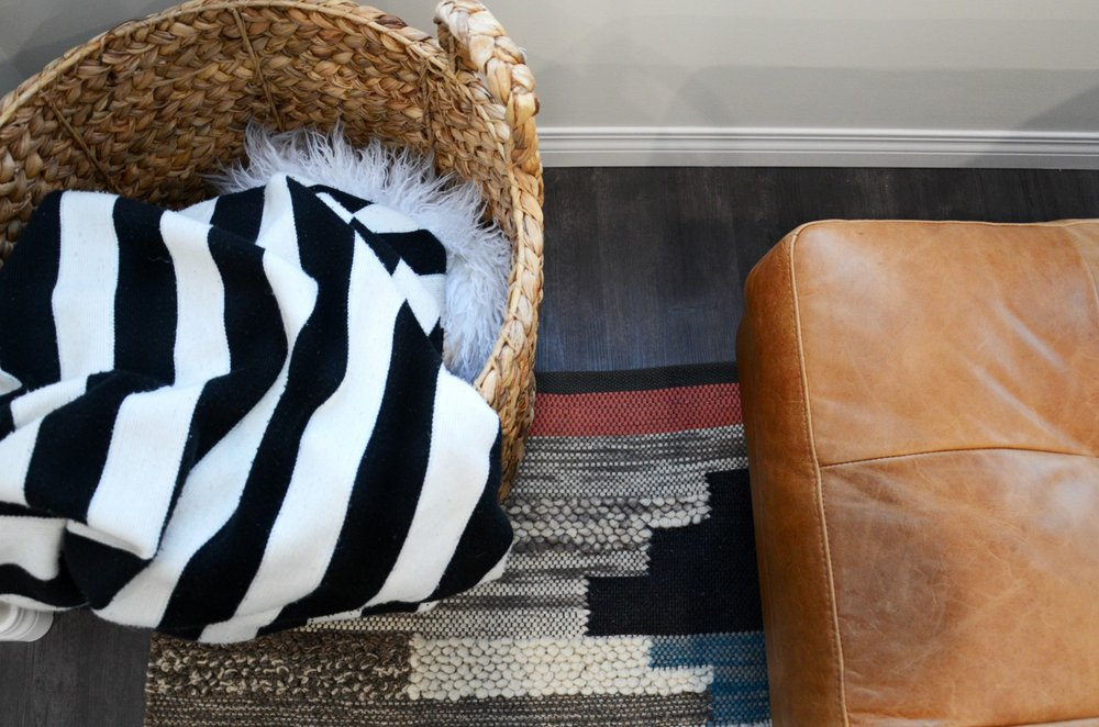 calgary-interior-designer-family-room-decor.jpg