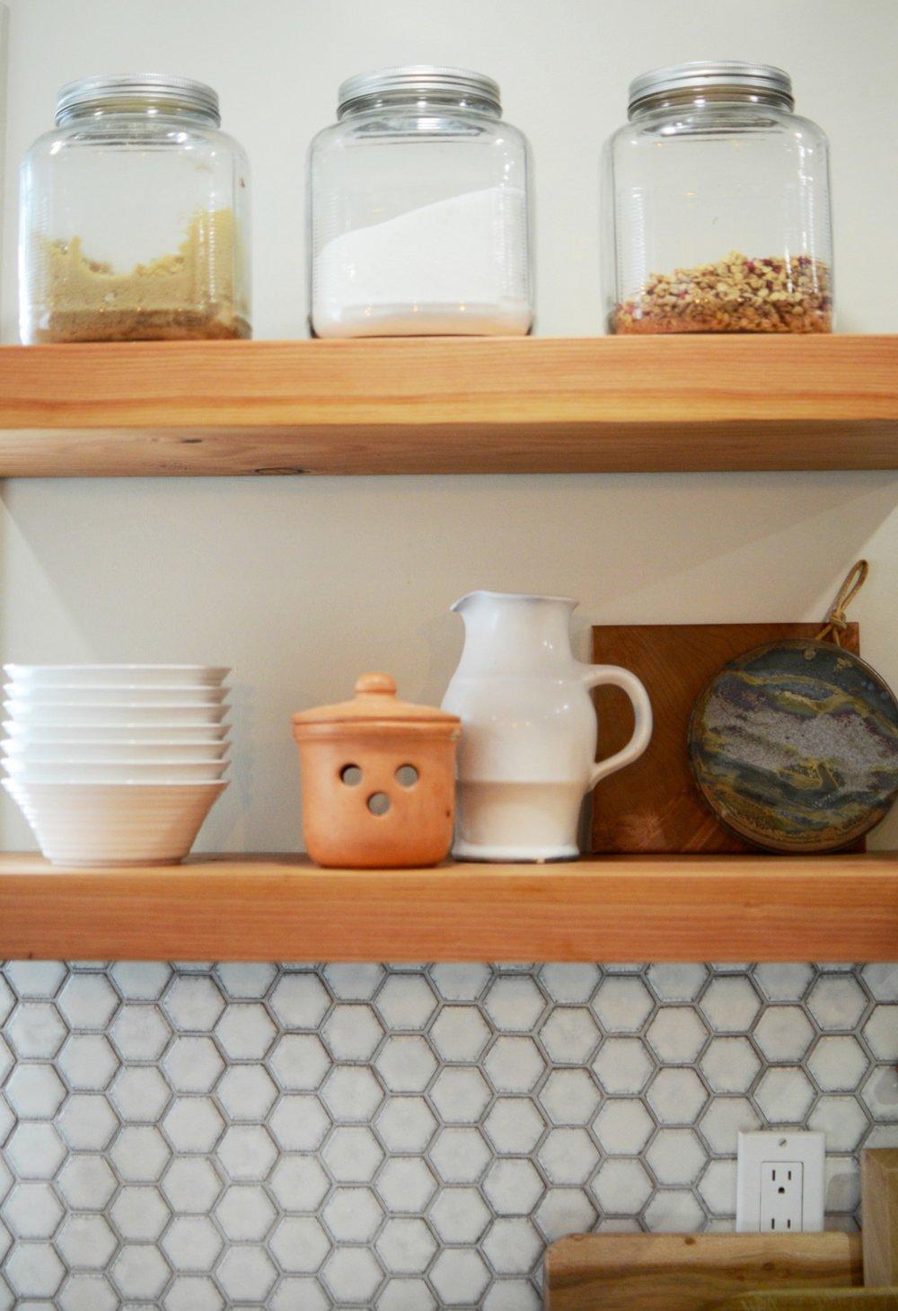 calgary-interior-design-kitchen-renovation-open-shelves-1.jpg