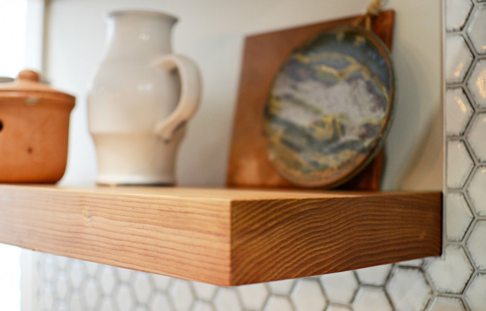 calgary-interior-design-kitchen-renovation-open-shelves-3.jpg
