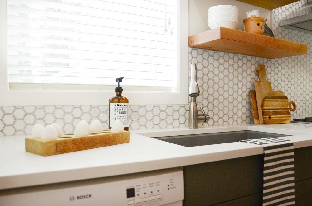 calgary-interior-design-kitchen-renovation-modern-farmhouse-27.jpg