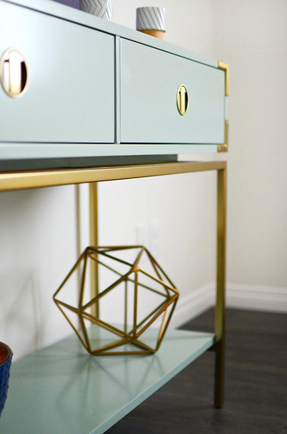 calgary-interior-designer-bedroom-decor-18.jpg