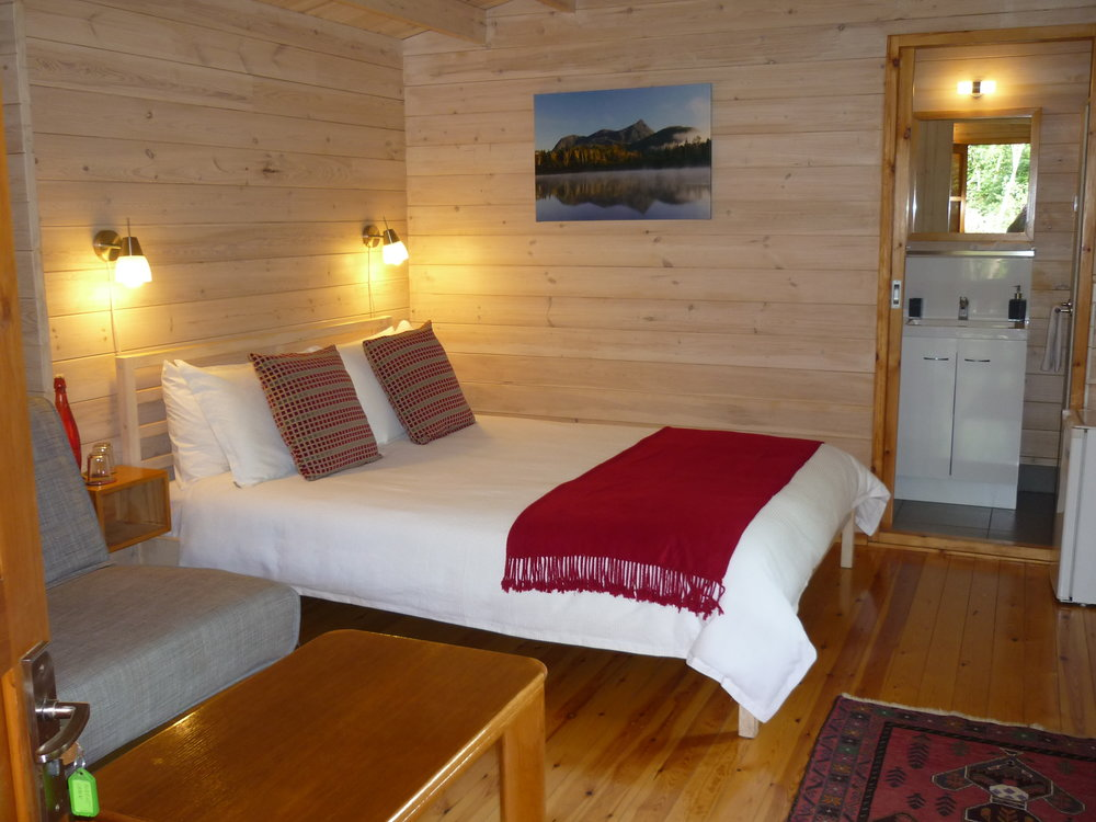Forest Cabin Bed 1.JPG