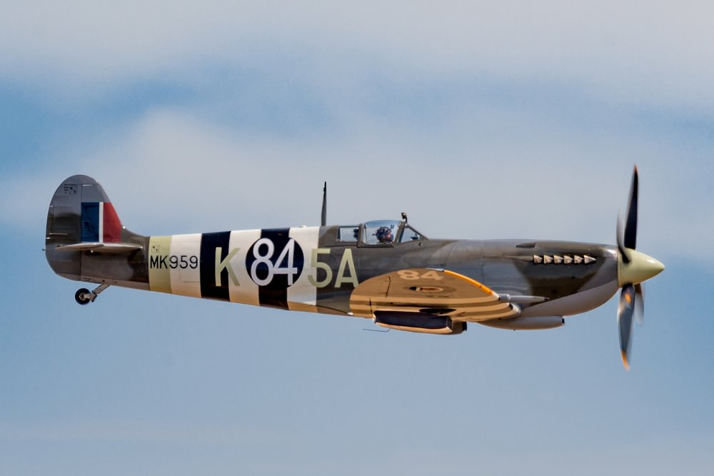 Poster Spitfire Flying 2048pix.jpg