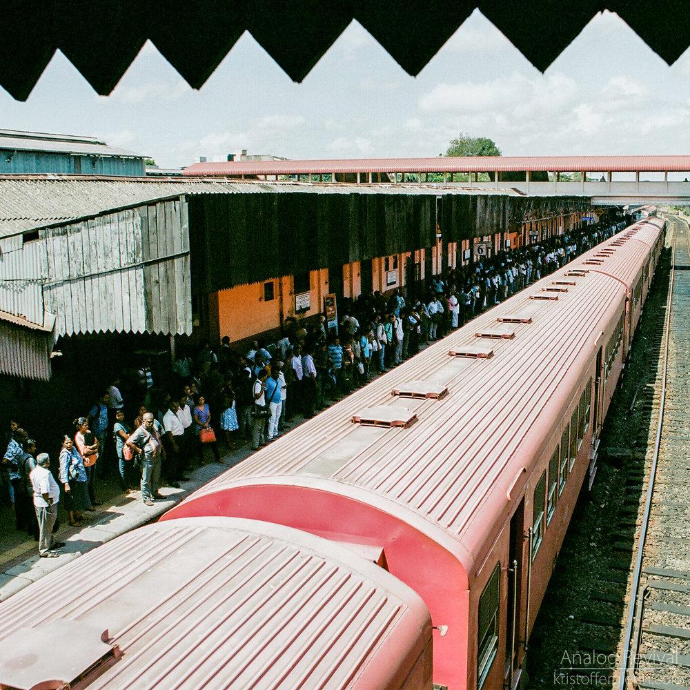 2016_08_20 PacAngles SriLanka Minolta 28mm Kodak 160-17.jpg