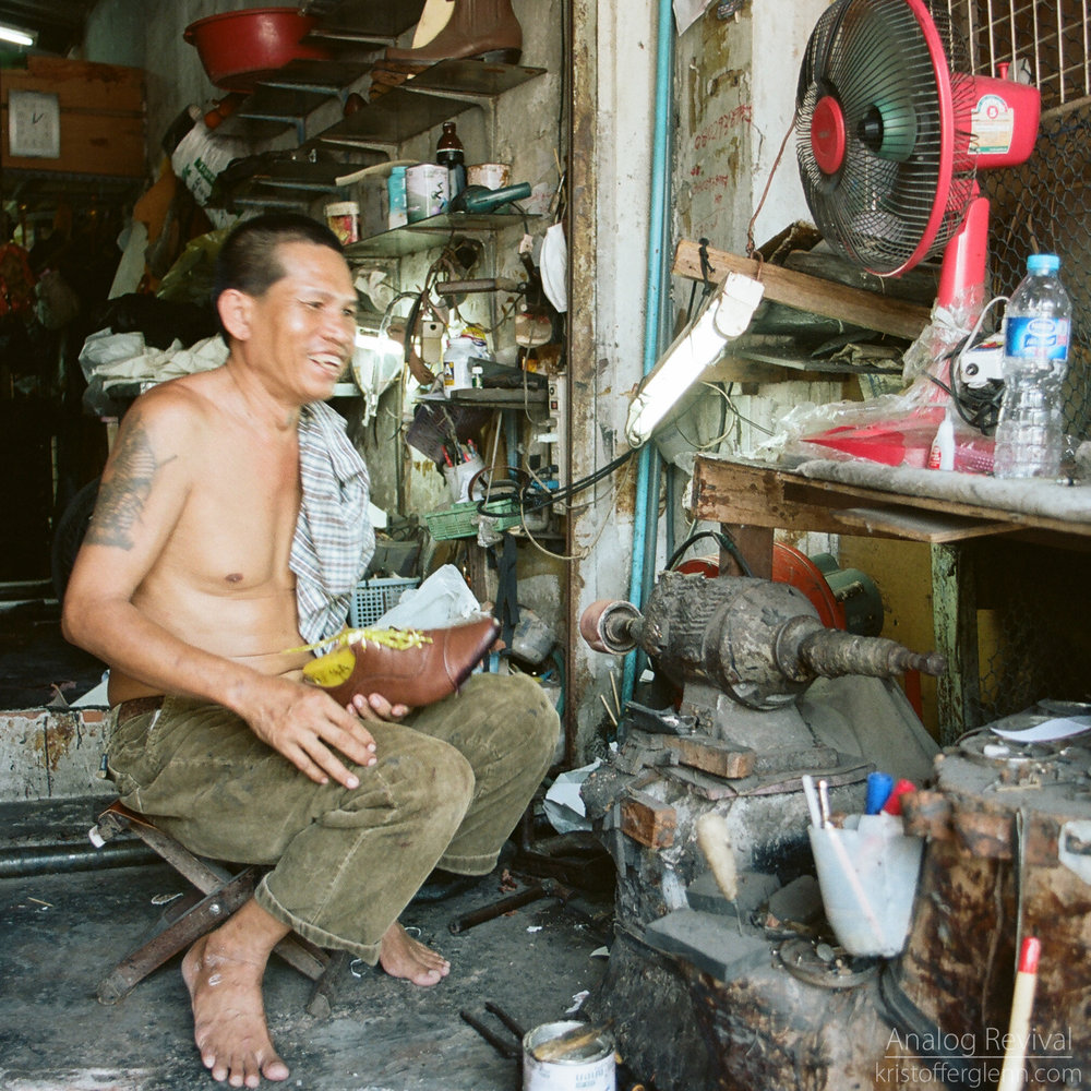2016_08_20 PacAngles Thailand Minolta 28mm Kodak 160-2.jpg